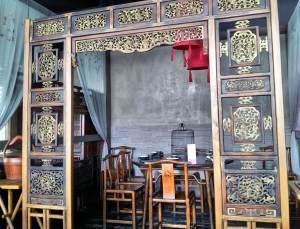 Hutong's decor