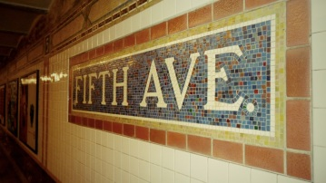 Fifth Avenue Station, Broadway Line