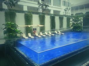 Swimming pool at Movenpick Heritage Hotel