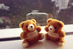 Conrad HK_teddy bears