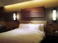 Conrad Seoul_King Bed