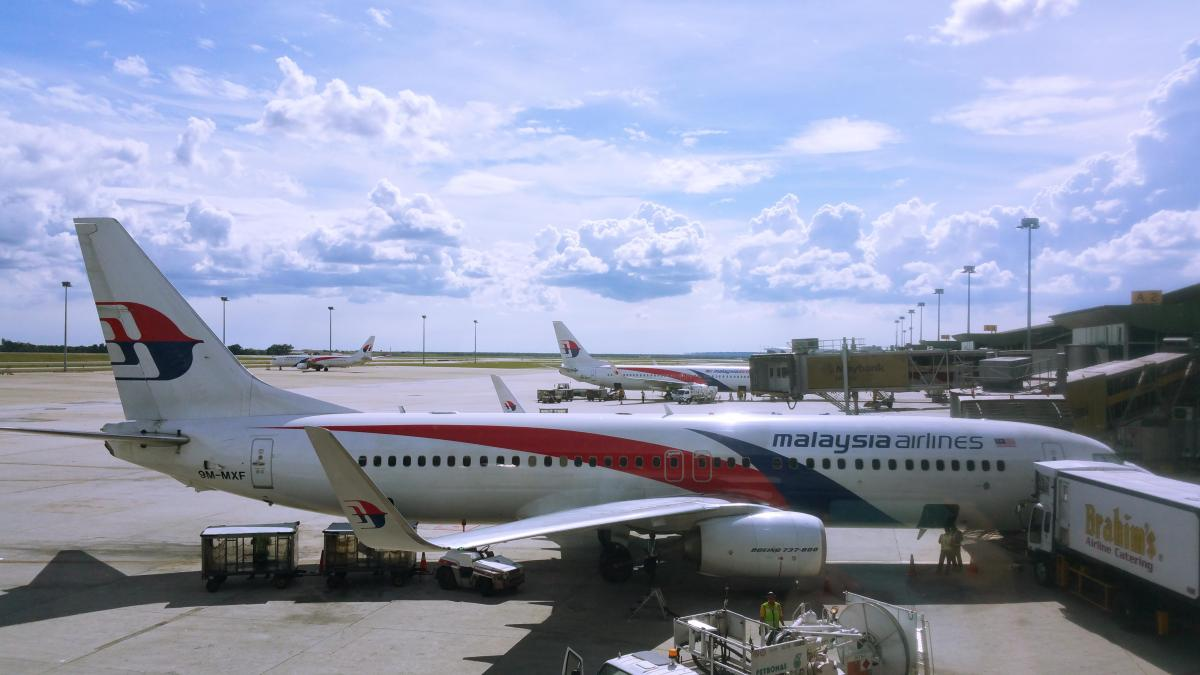 malaysia airlines business plan Malaysia airlines marketing plan mba oum  ventures made by mas to extend  its business by buying more air ship were very influenced by.