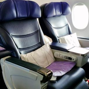 review malaysia airlines 737 800 business class. Black Bedroom Furniture Sets. Home Design Ideas