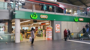 Woolworths at Southern Cross Station