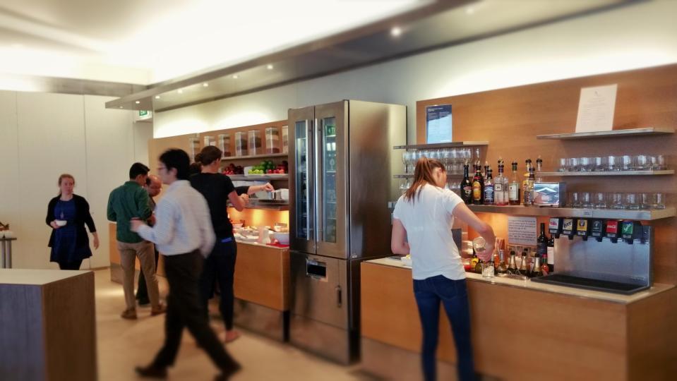 Qantas Sydney International Lounge