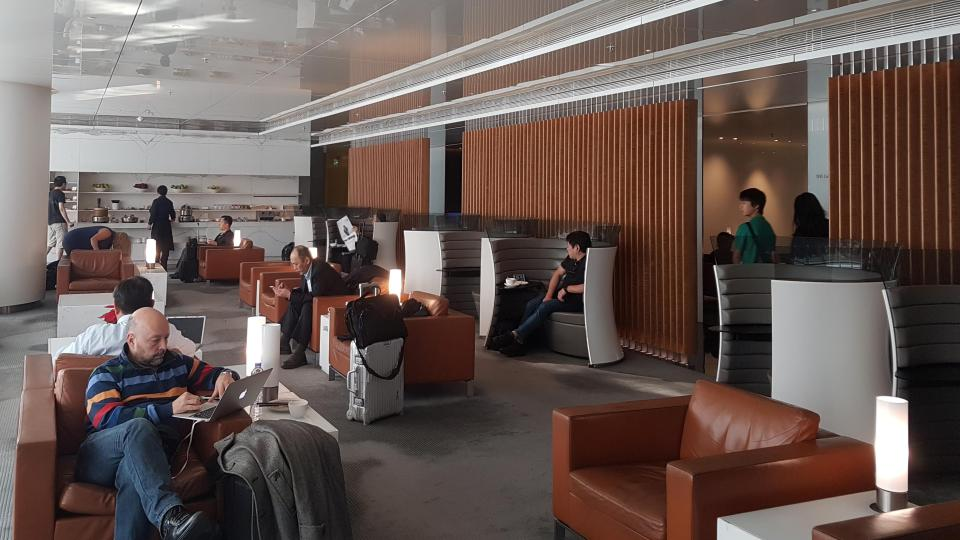 Cathay Pacific The Wing Business Class Lounge